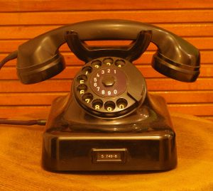 Telephone Makes Easy To Communicate